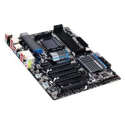 Gigabyte GA-990FXA-UD5 AMD Anakart