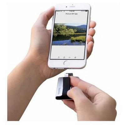 Sandisk iPhone ve iPad için Çift Taraflı 64GB Bellek USB Bellek