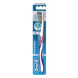 Braun Oral-B  Pro-Expert Derinlenemesine Temizlik 40 Orta Diş Fırçası