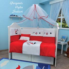 Bambidoo B-2051 Yorganlı Uyku Seti Hot Captain Kırmızı 70x130 Bebek Uyku Seti