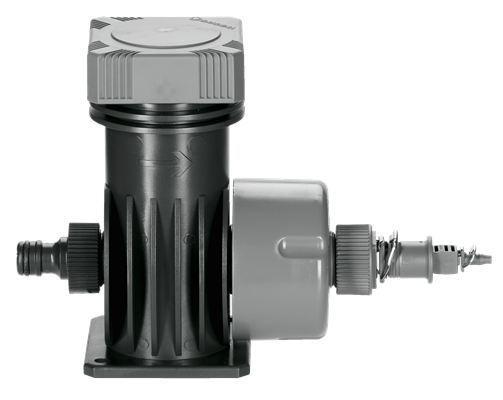 <strong>Filtrelenmiş su</strong><br/> Yüksek hacimli filtre sayesinde su önceden filtrelenir.
