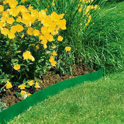 <strong>Düzgün çimlik alan kenarları</strong><br/>Çimlik Alan Kenarlığıyla güzel, düzenli bir görüntü için kolay ve hızlı bir şekilde düzgün çim kenarları elde edebilirsiniz.