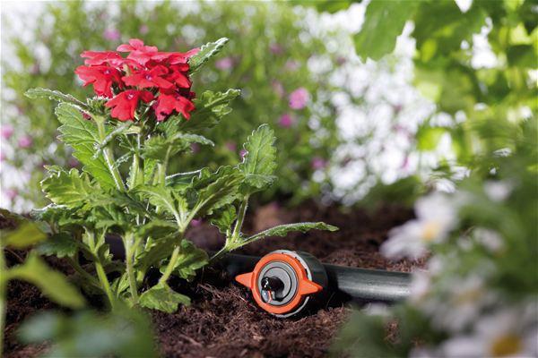 <strong>Tek tek ayarlanabilir</strong><br/> Tek tek bitkilerin ihtiyaçlarına bağlı olarak, saatte 1 ila 8 litre su sağlanabilir.