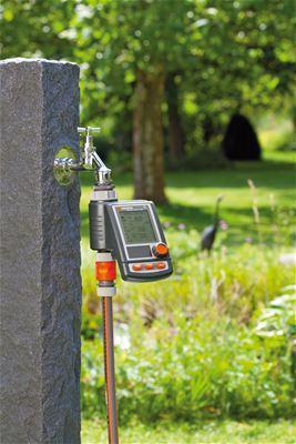 <strong>Yenilikçi: güneş enerjisi teknolojisi</strong><br/>Elektrik bağımlısı olmadan çalışması için Su Bilgisayarı C 1060 solar plus yüksek güçlü bir güneş paneli ve bir lityum-iyon pille donatılmıştır. Hava kapalıyken bile şarj yapılır. Bakım gerekmez: pil seviyesi görüntüsü standart pil kullanmadan güvenli, güvenilir çalışmaya olanak tanır.