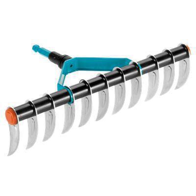 <strong>Aşınmaya karşı dayanıklı</strong><br/>  GARDENA combisystem Aeratör Tırmık aşınmaya karşı optimum koruma için yüksek kaliteli, duroplast kaplanmış çelikten ve galvanizli dişlerden yapılmıştır.