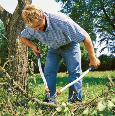 <strong>Kuvvet ve konfor</strong><br/> Ergonomik şekilli saplar kuvveti optimum şekilde uygulamayı sağlar ve en yüksek konforu sunar.